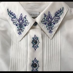 Koret Petites Blouse 6 Embroidered Button Front